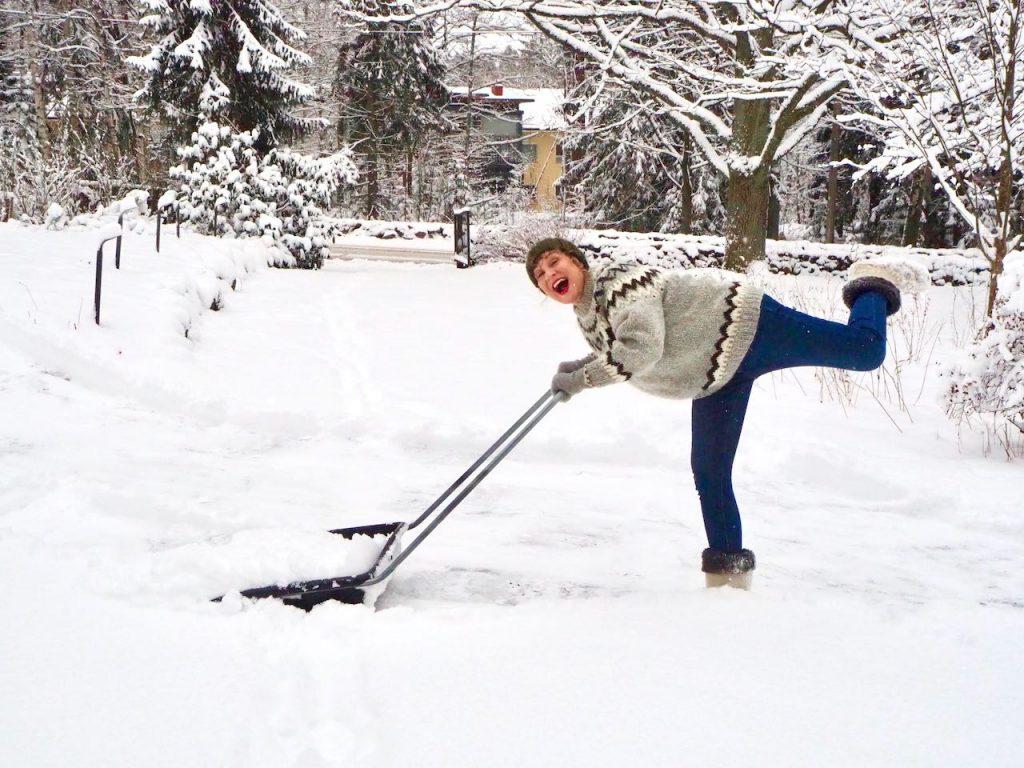 Lumityöt on hyvää treeniä jolla pysyy aktiivisena kaamoksessa