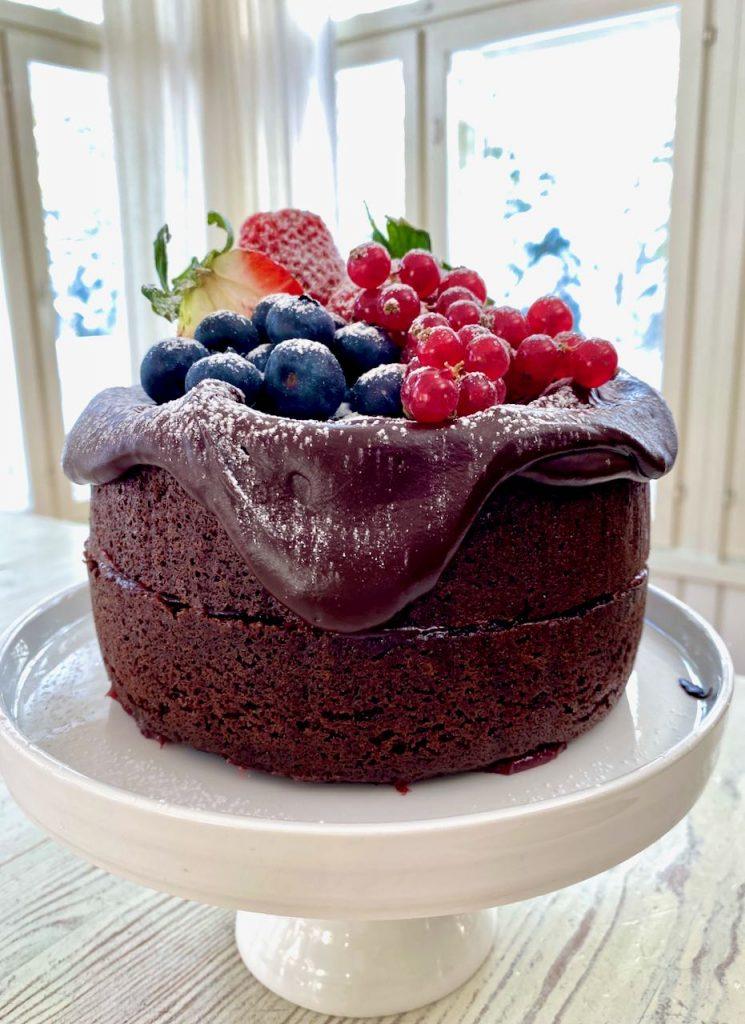 helppo ja mehevä suklaakakku